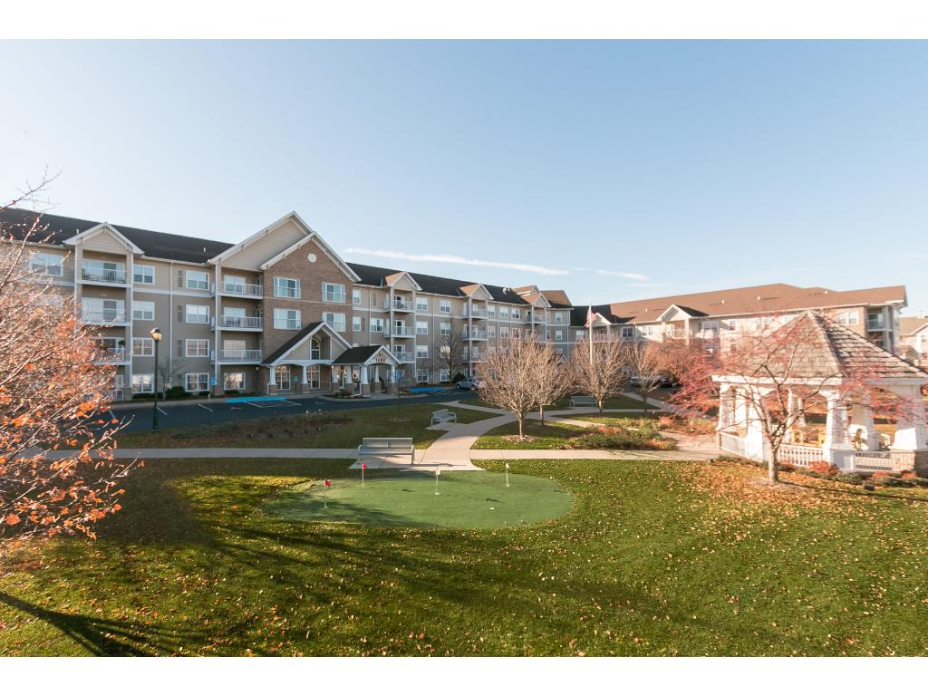Applewood Pointe of Roseville is a 55+ senior cooperative filled with many wonderful people. Great location in Roseville and lots of amenities.