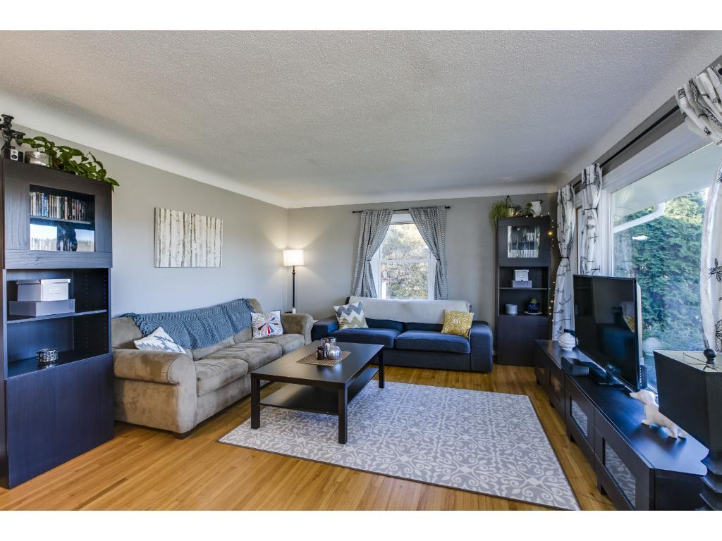 Fabulous living room.