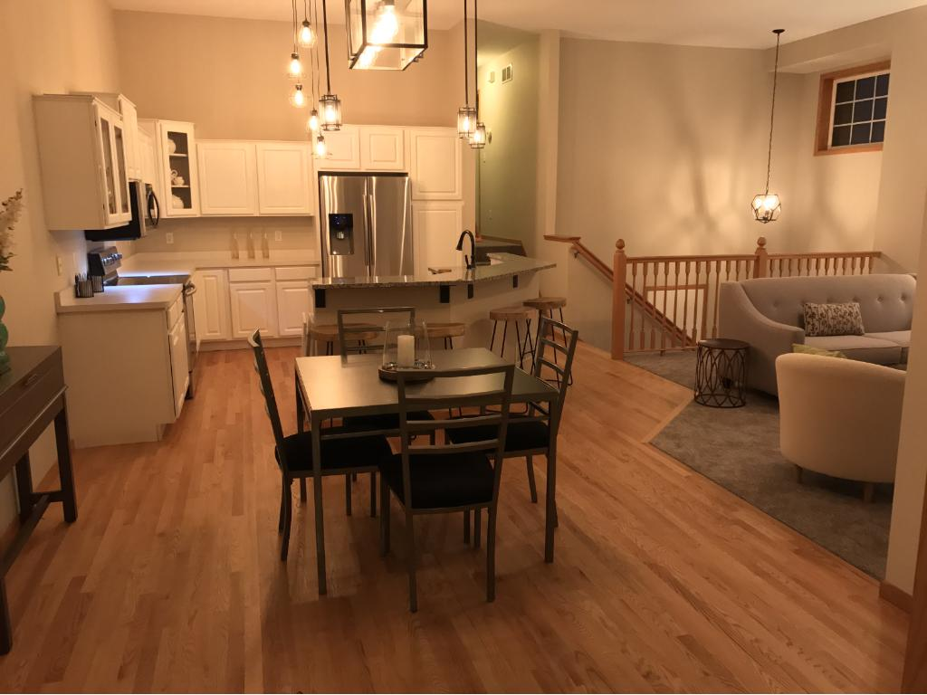 Open Floor plan with 12' tall ceilings...