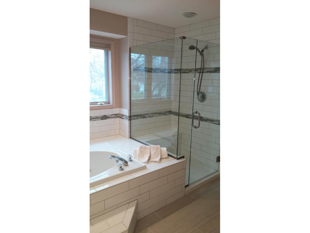 Shower glass has arrived - WOW!