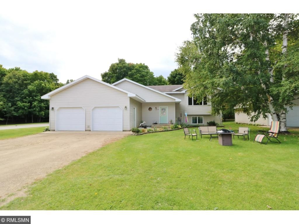1594 shady lane ne alexandria mn 56308 mls 4869562 edina realty