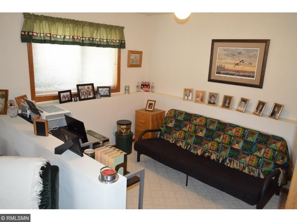 Nice office area off family room!