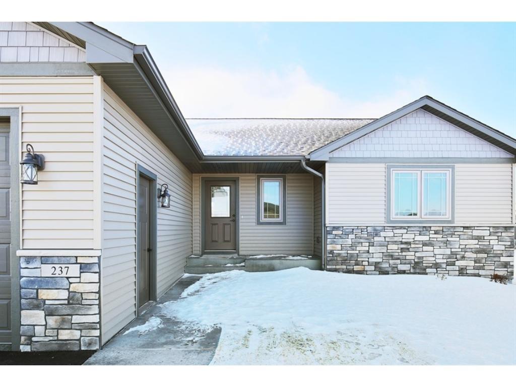 163 prairie road new richmond wi 54017 mls 4790793 edina realty. Black Bedroom Furniture Sets. Home Design Ideas