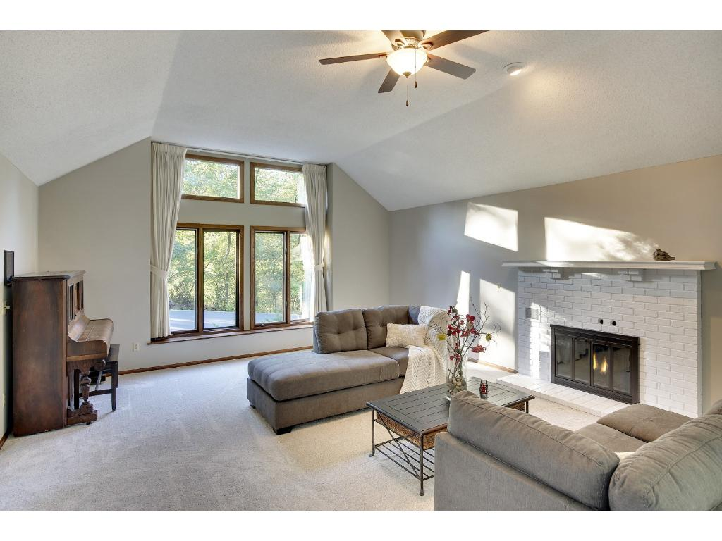 Large Family room for gatherings!