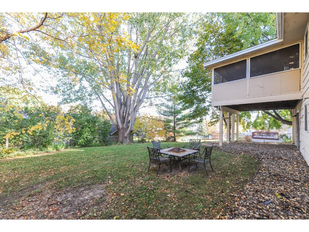 Fenced in Backyard perfect for kiddos and pets or entertaining!