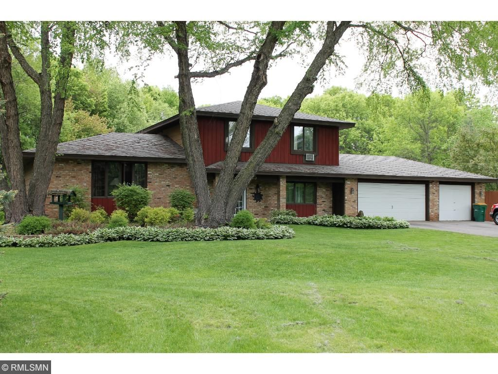 16525 bataan street ne ham lake mn 55304 mls 4835384 edina 5 bedroom home with 3 car garage on close to 2 acre lot