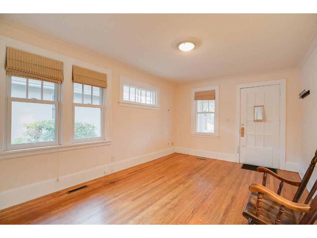 The large windows fills the living room with natural lighting!