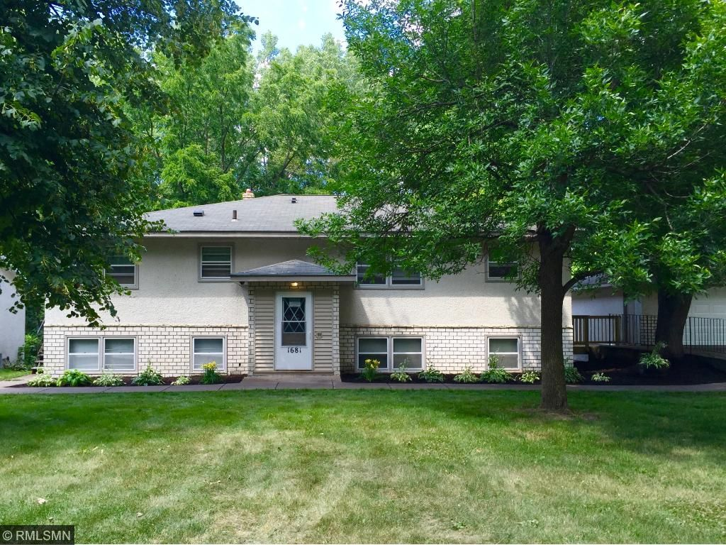 1681 E. Cty. Rd. C., Maplewood, MN 55109