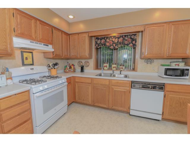 17130 Grenadier Avenue, Lakeville, MN 55044 | MLS: 4641565 | Edina Realty