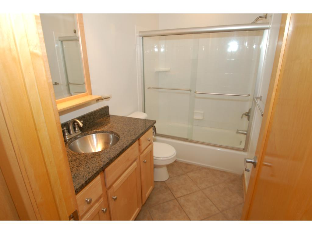dellwood chatrooms Also the closely located town of dellwood was home to f  this listing shares a bath with another airbnb customer if that room is  ready to chat with and .