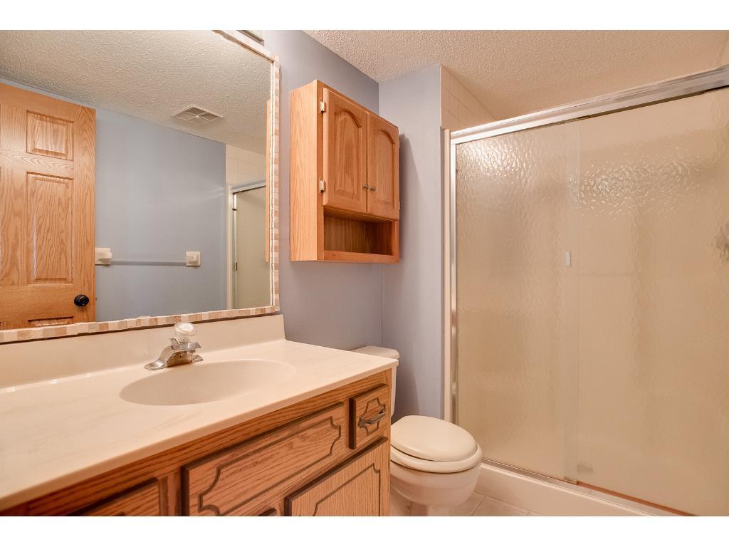 lower level tile 3/4 bath