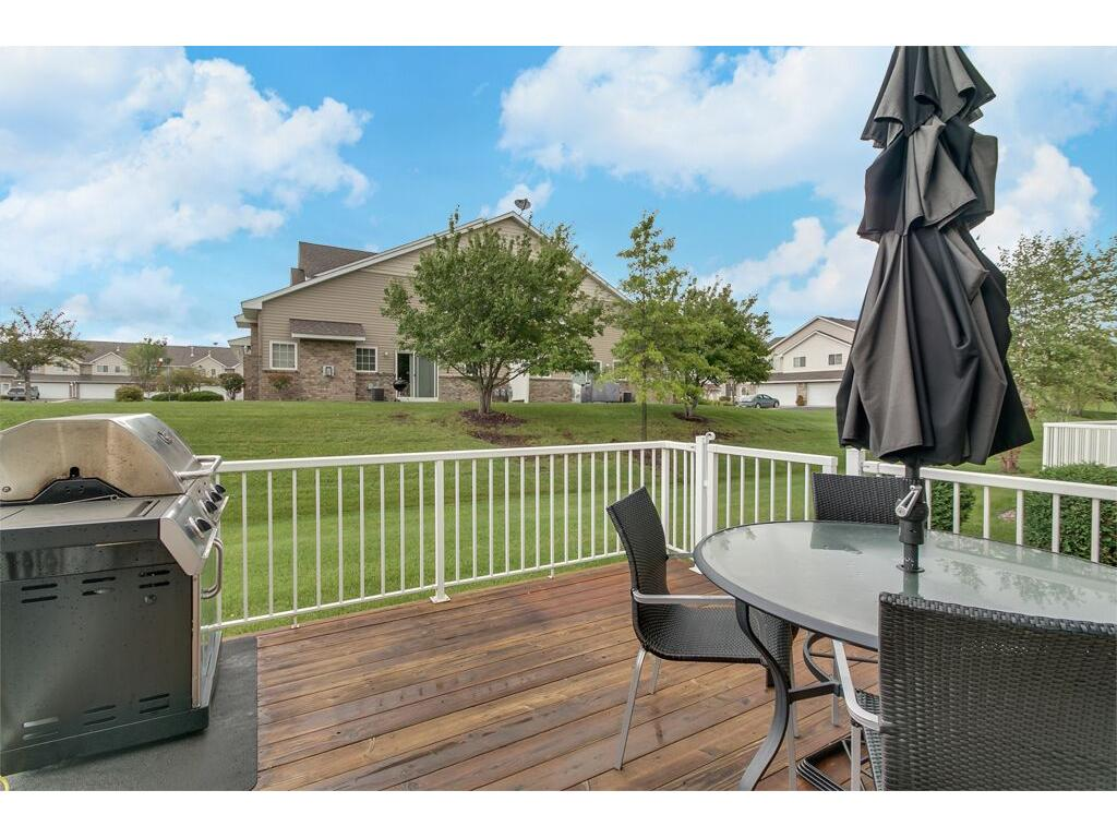 Fantastic deck, prime for grilling, entertaining, and relaxing!