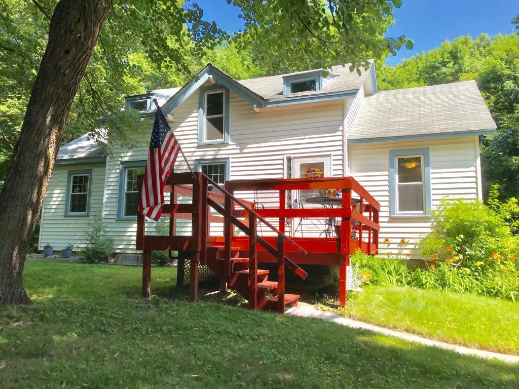 17830 Blaine Avenue Woodland MN 55391 4941335 image1