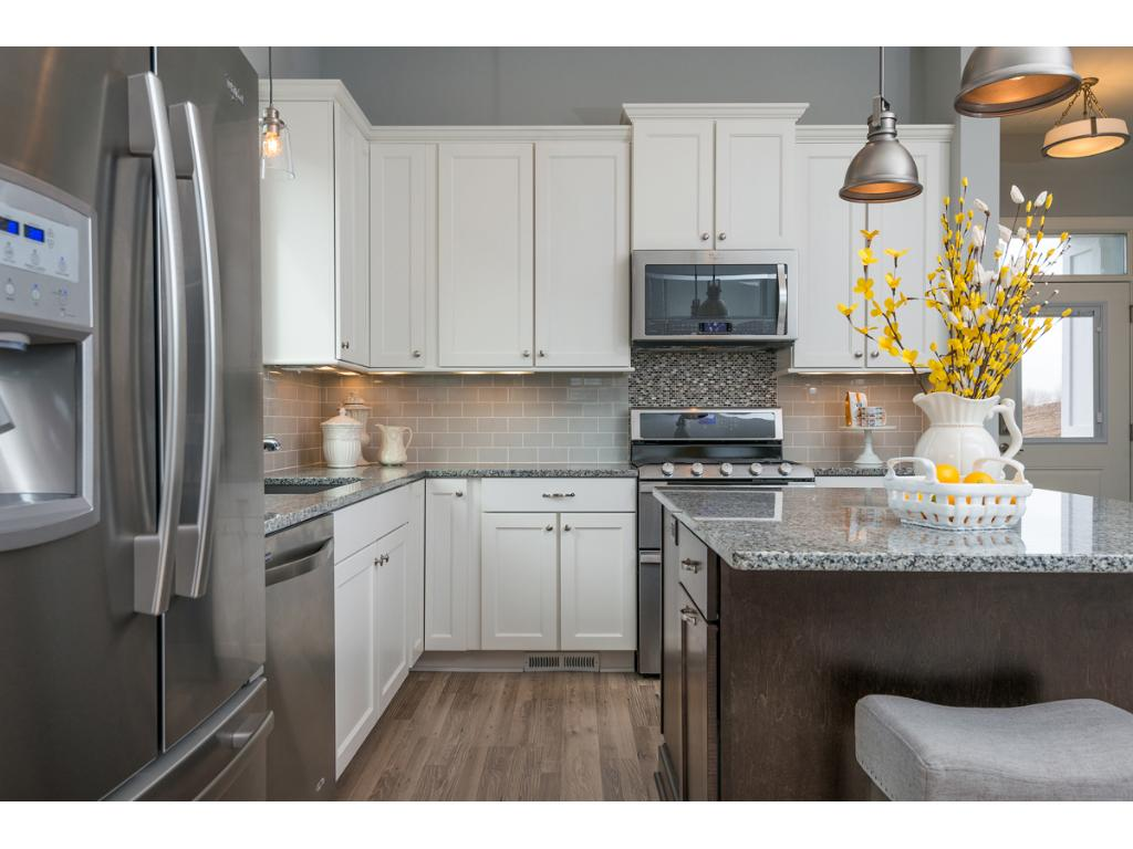 Stainless Steel Appliances including double oven gas range!