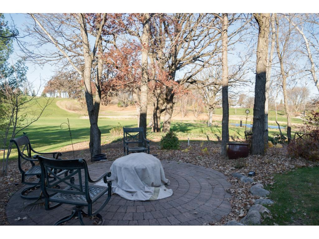 Great patio area and wonderful golf course views!