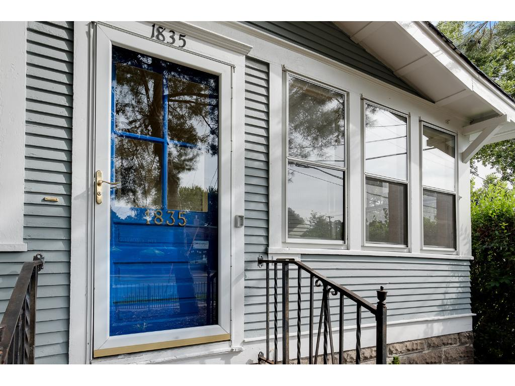 Welcome to 1835 St Clair!