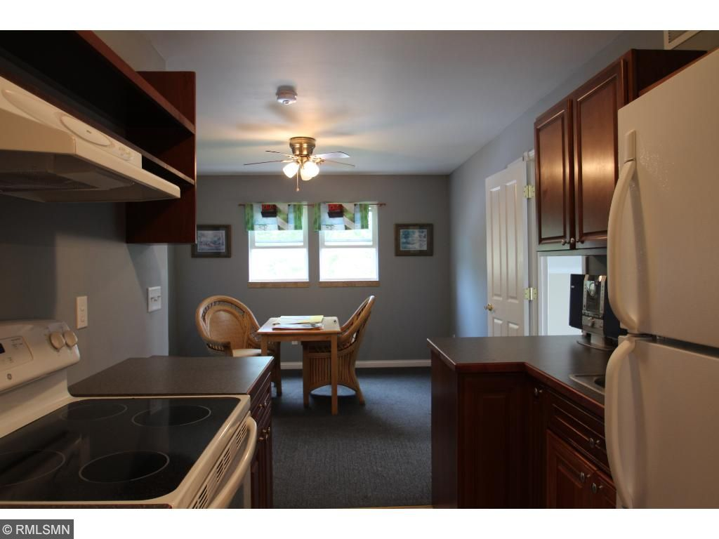 Kitchenette in upper level with eating area or ?
