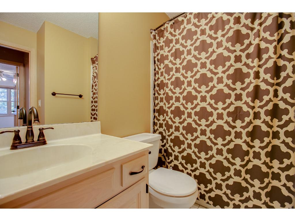 Large, clean, full bathroom upstairs, lots of space for bathing the kids.