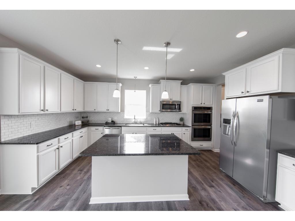 18950 Huxley Avenue, Lakeville, MN 55044 | MLS: 4816976 | Edina Realty