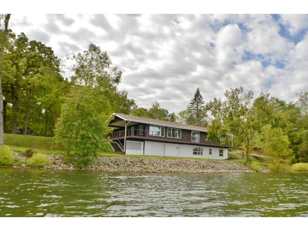 Year round lake home on Bass Lake with great fishing! How could you pass this up?