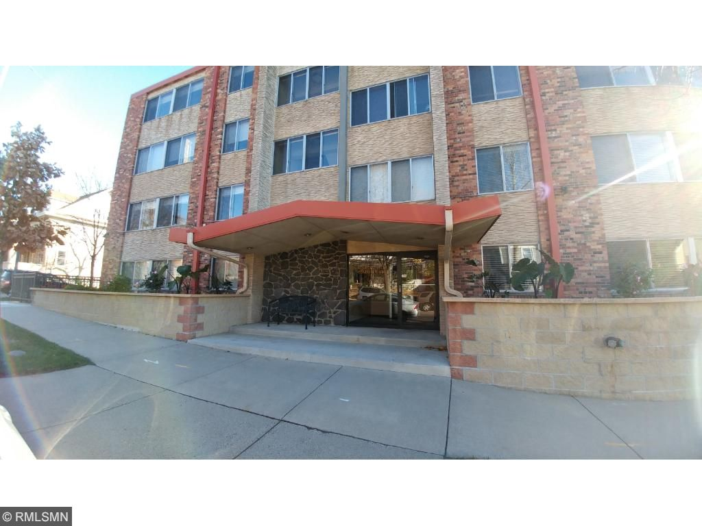 1901 Emerson Ave S #210