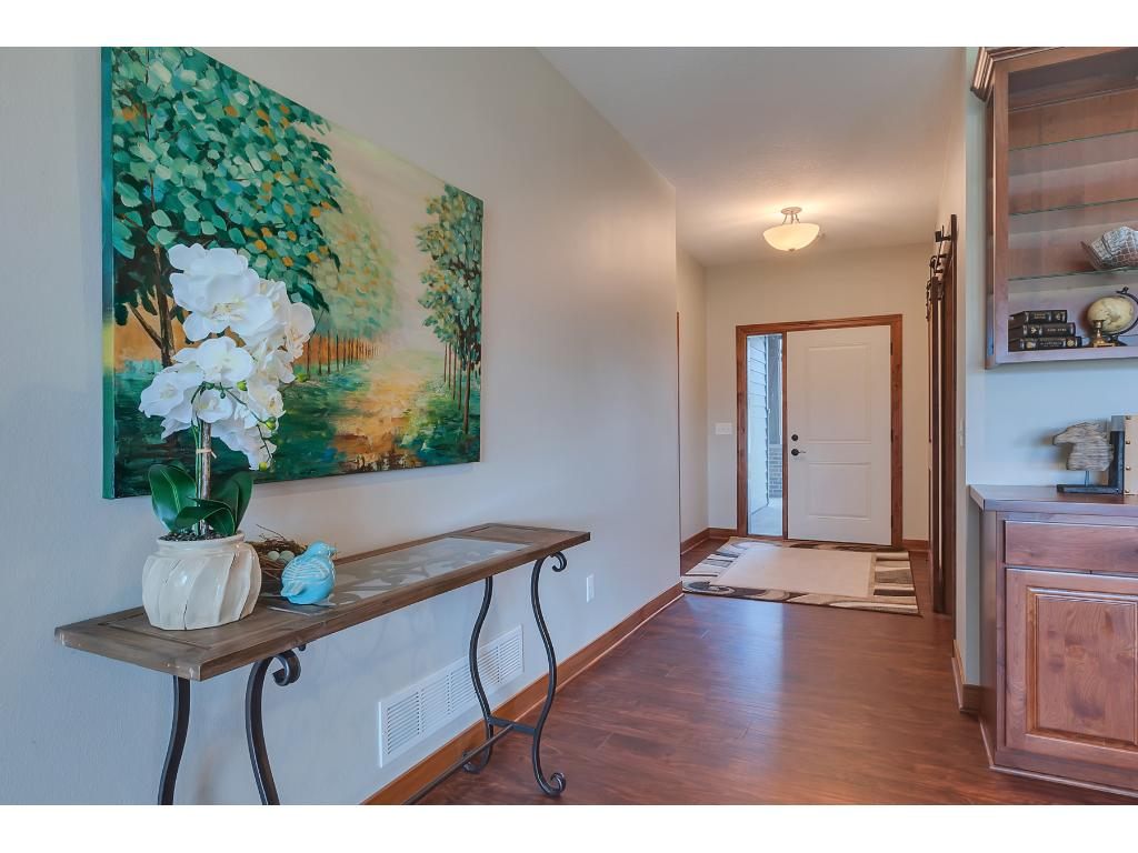 Foyer Window Zoom : River links drive cold spring mn mls