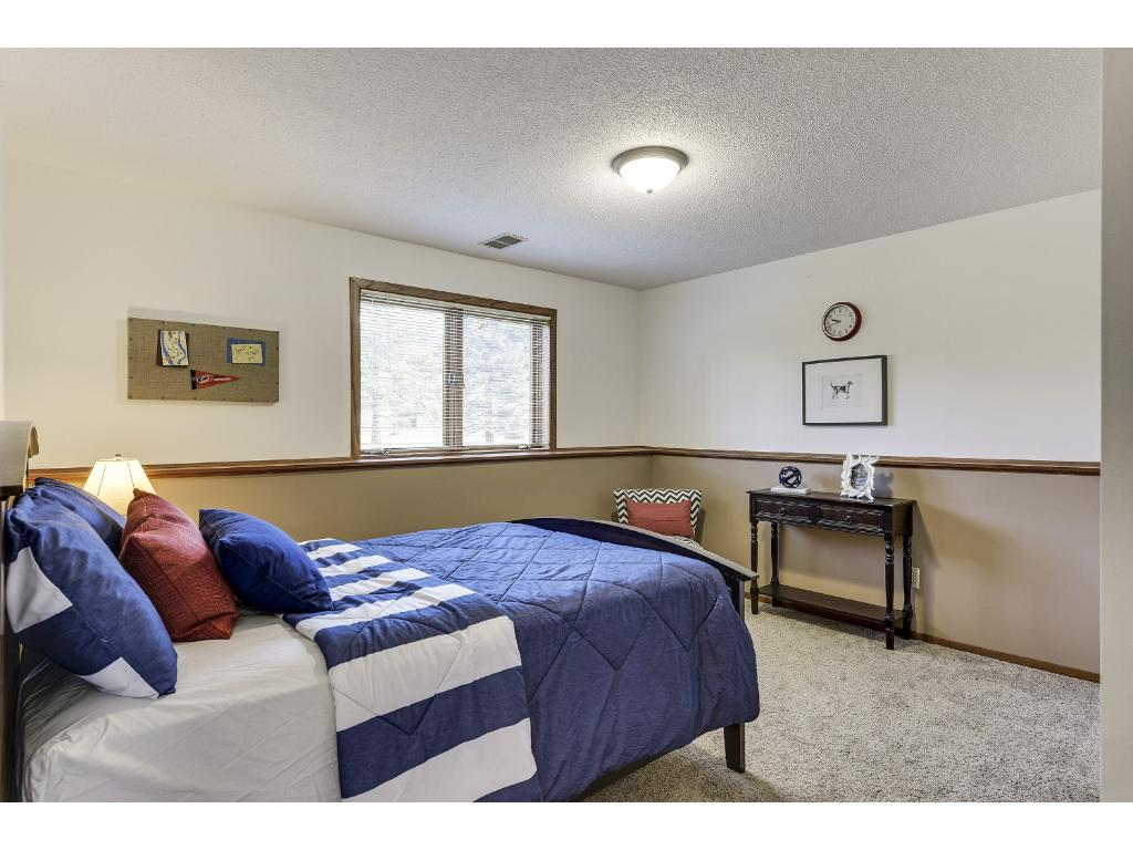 4th bedroom for holiday guests, kids bedroom, or perhaps an office!