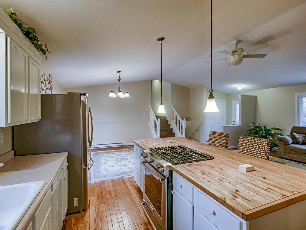 Stainless steel appliances, gas burning stove