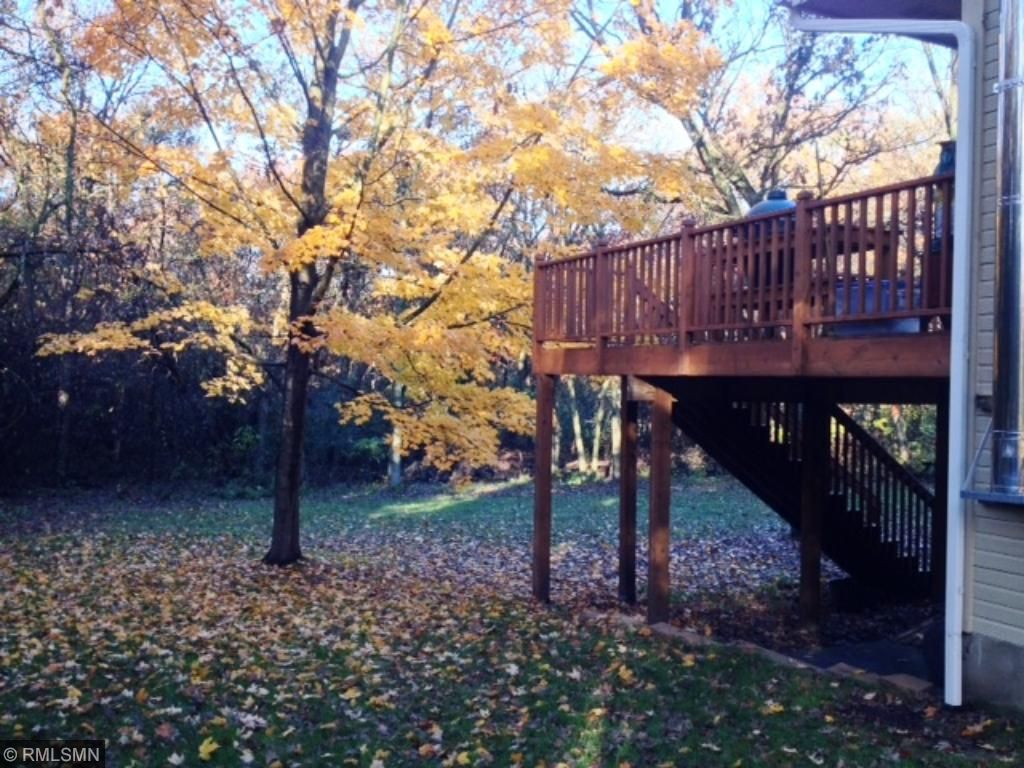 14x20 Deck overlooking wooded back yard