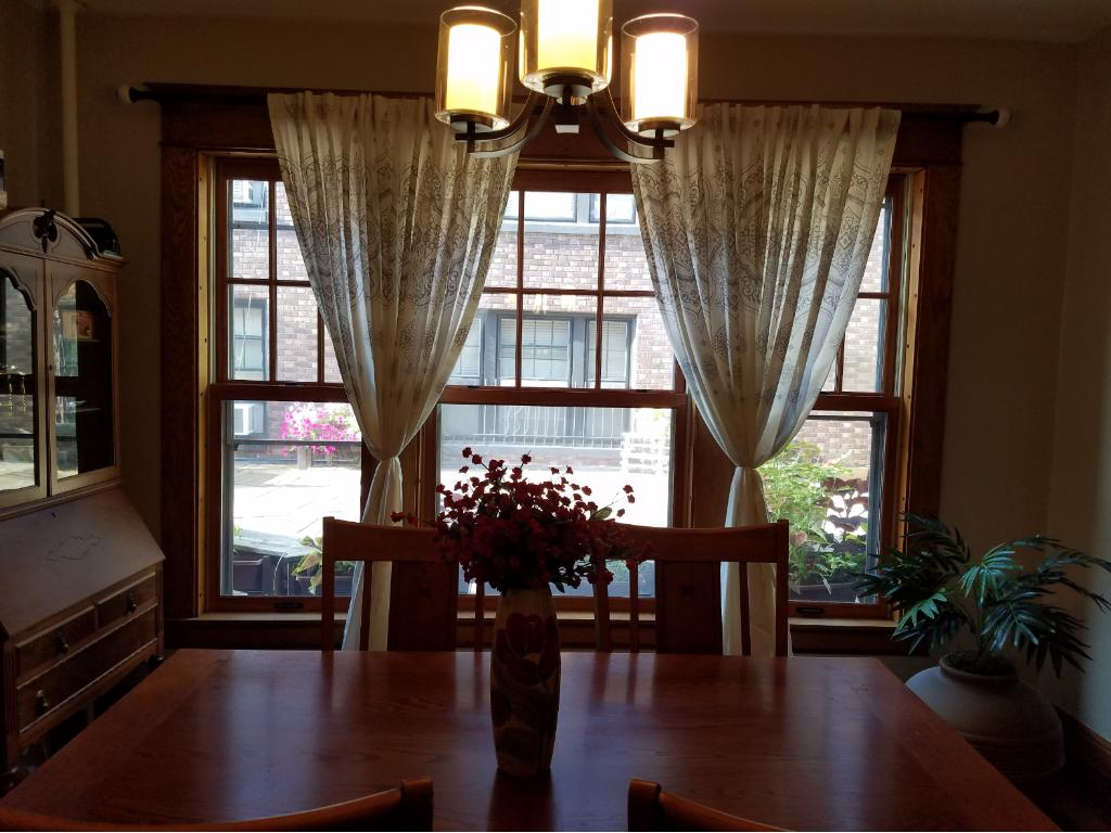 Beautiful dining space & highlight of the all new windows!