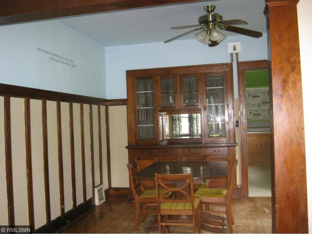 Built in hutch with lead glass