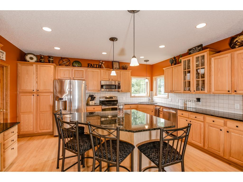 Many new updates to brag about here!  Granite counter tops, SS appliances, undermount sink with SS faucet.  You have a a corner set window pair that give you wonderful views of your backyard!