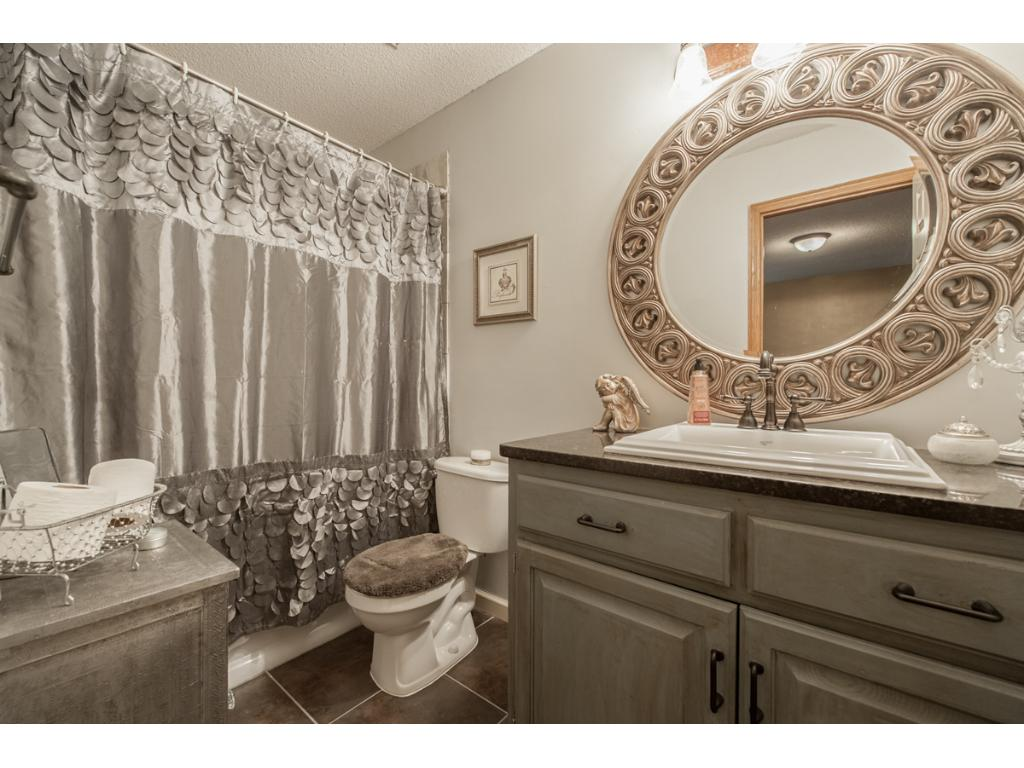 The ensuite owners' bath is simply gorgeous!