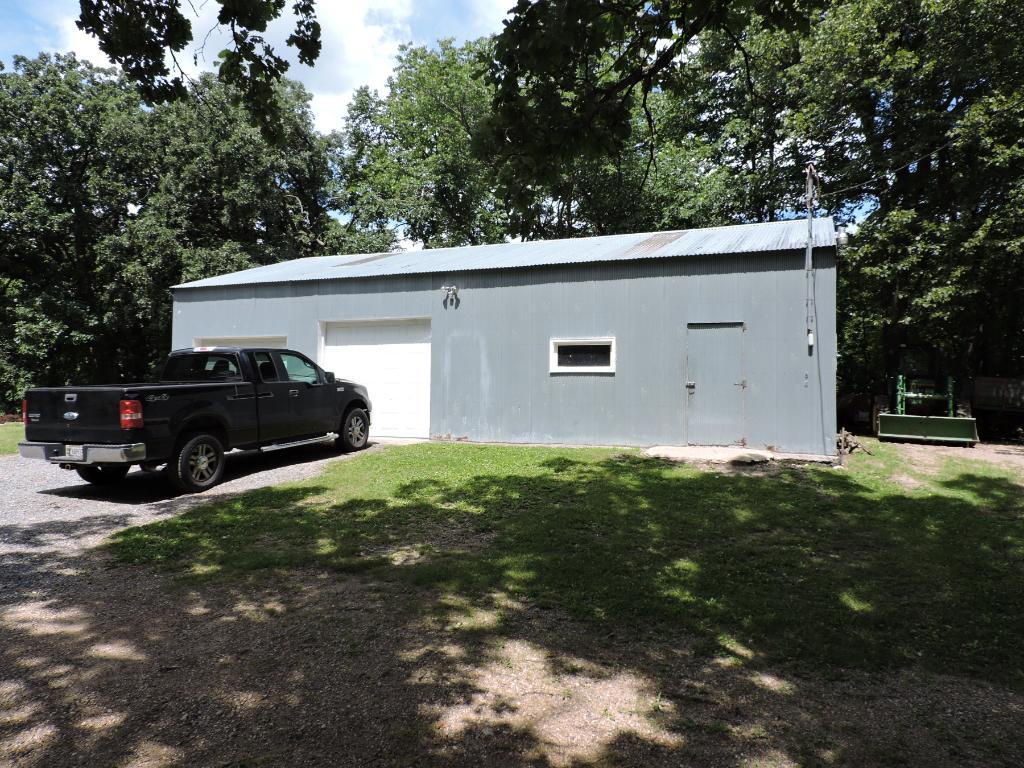 (48X28) Detached garage/pole shed with workshop.