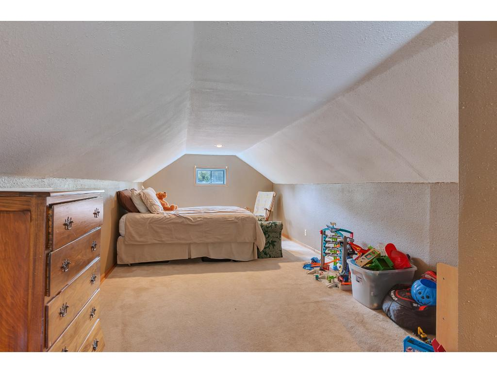 Here's the upper level bedroom (20x11). A great space for the kids to play in.