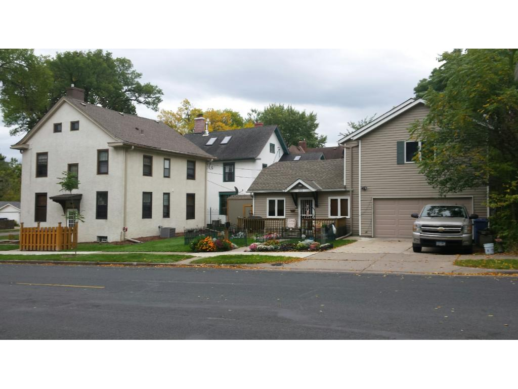 DUPLEX AND SINGLE FAMILY HOME ON LARGE LOT IN BRYN MAWR