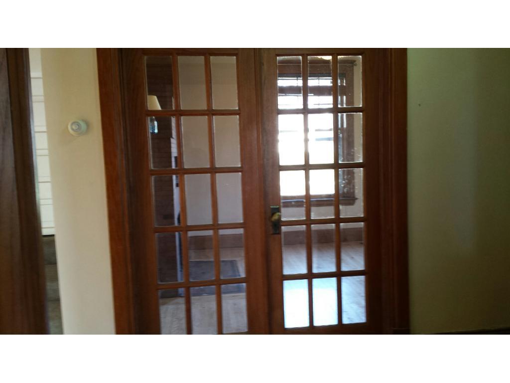 UPPER LEVEL FULL BATHROOM OF SINGLE FAMILY HOME