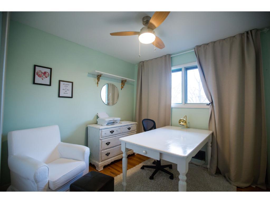 Oakridge Bedroom Furniture 2111 Oakridge Road Stillwater Mn 55082 Mls 4813046 Edina Realty