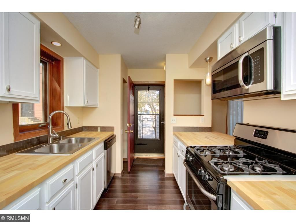 Fully renovated kitchen!  New appliances!