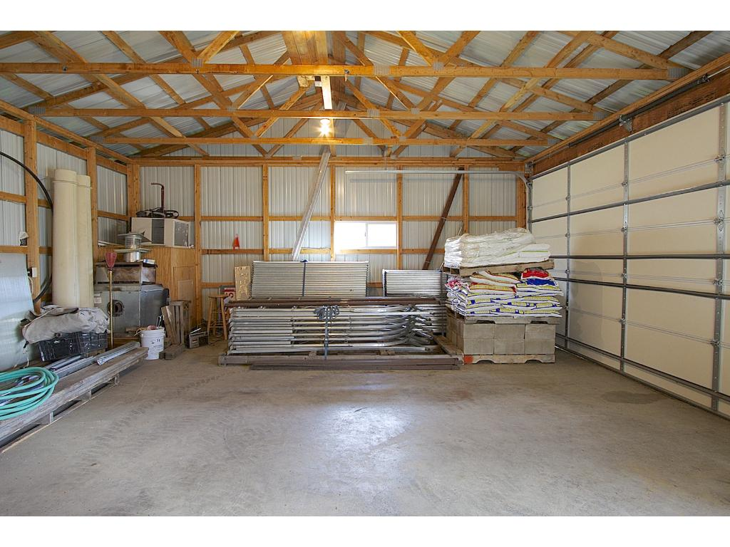24x60 pole barn with concrete floor and electricity