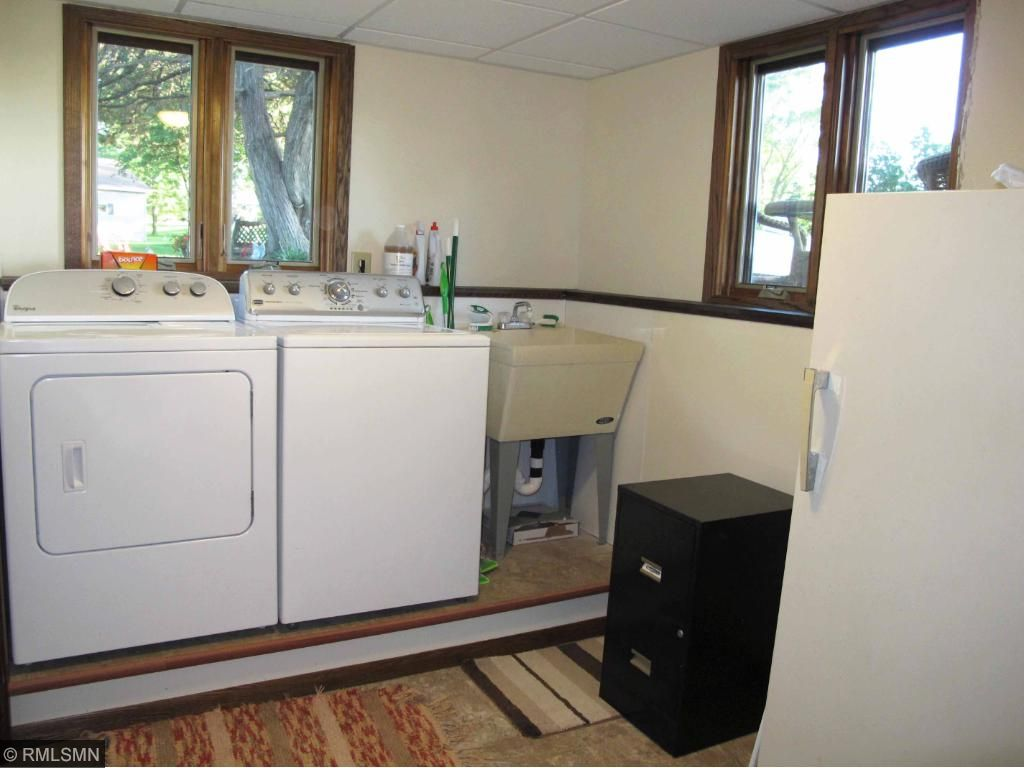Large laundry room has space for a 2nd refrigerator and/or freezer.
