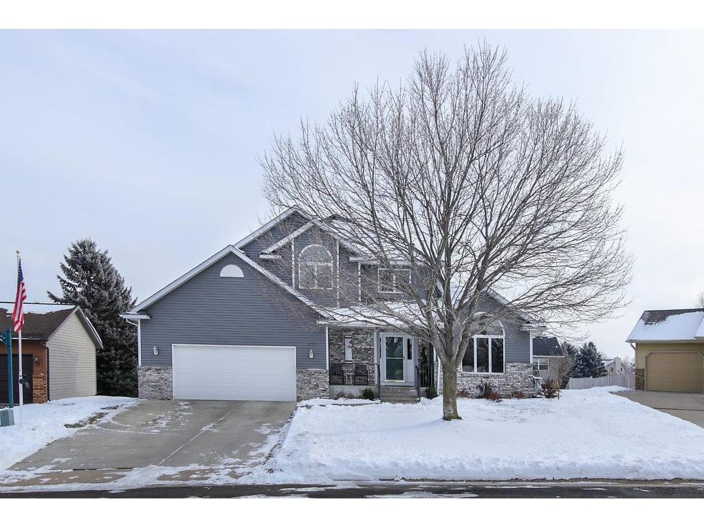2177 Highland Drive Hastings MN 55033 5027365 image1