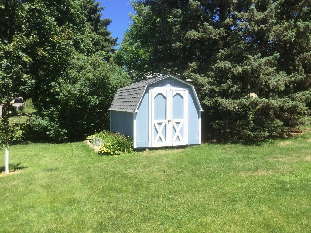 12x8 shed located in back yard!