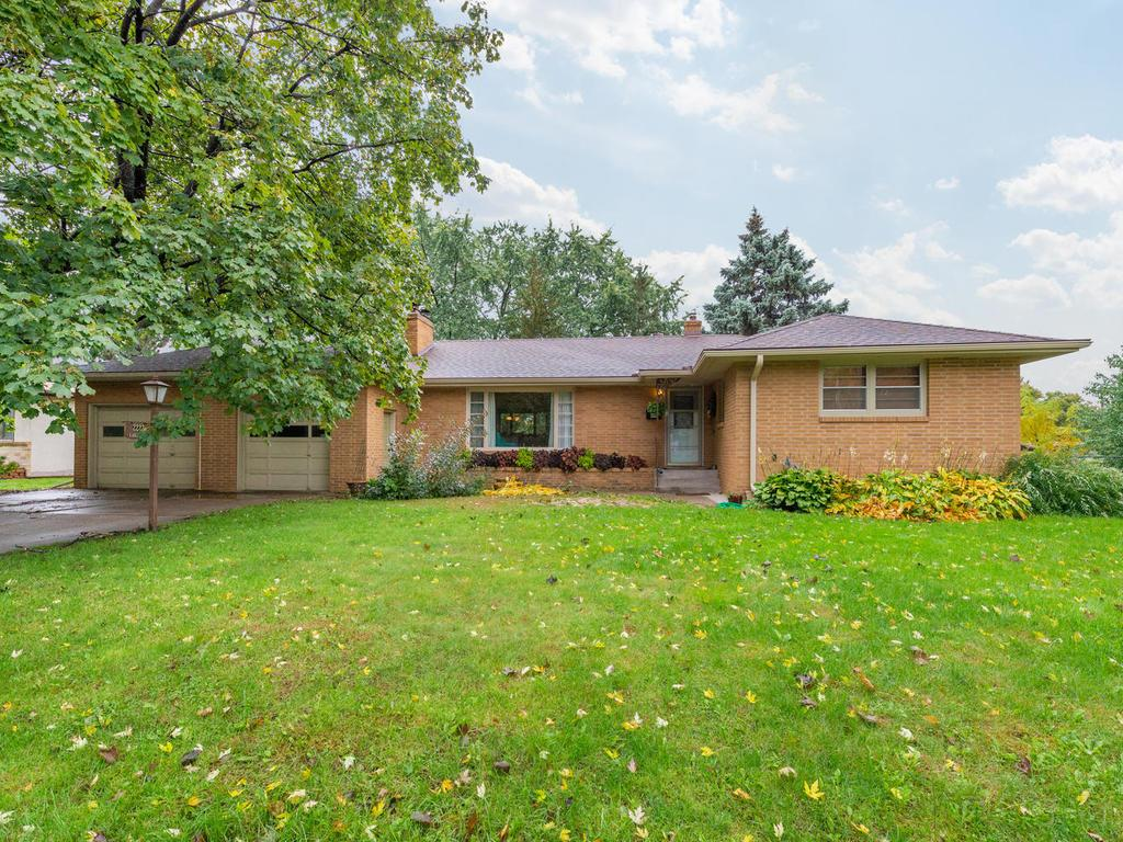 2223 Earl Lane South Saint Paul MN 55075 5012111 image1