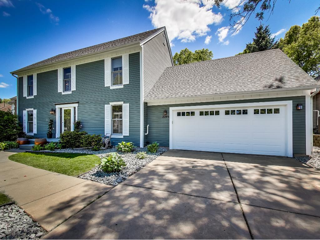 Superb, vaulted 2-story, 4BD, 3BA home. New roof, furnace, A/C and garage door!