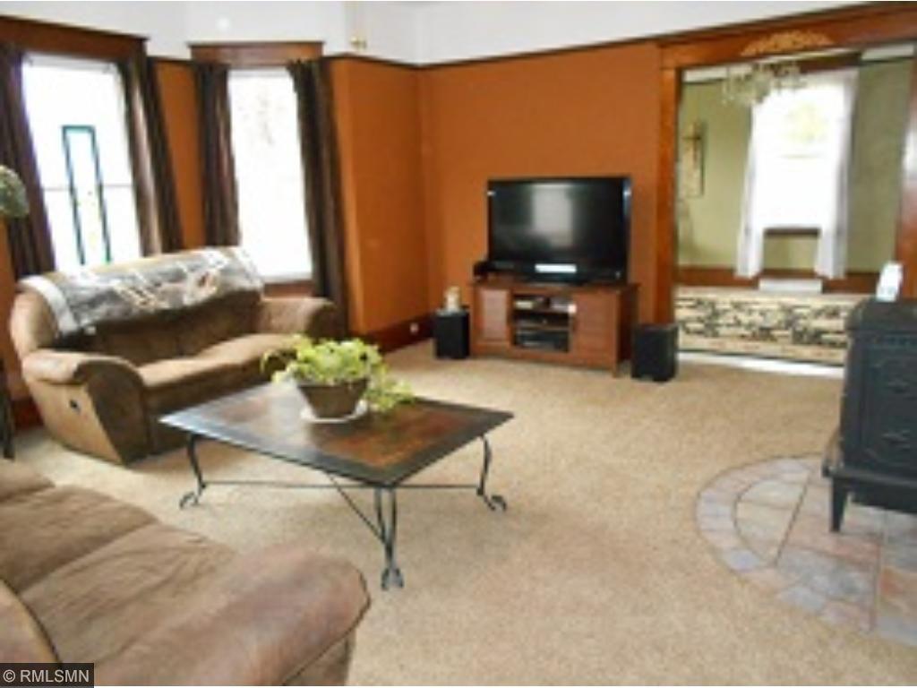 Spacious living room!