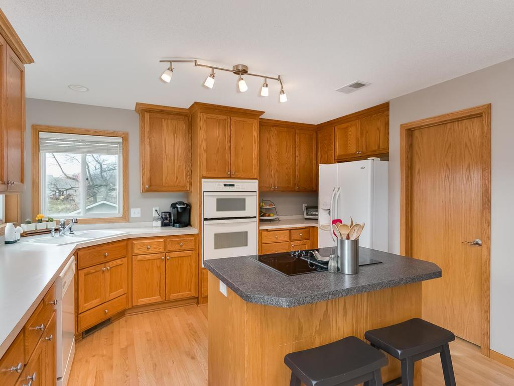 Open cook friendly kitchen.Large pantry behind the door. Make sure to look inside!