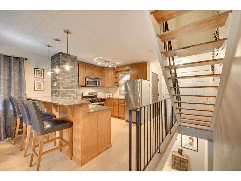 Appliances Minneapolis 226 8th Street Se Minneapolis Mn 55414 Mls 4725913 Edina Realty