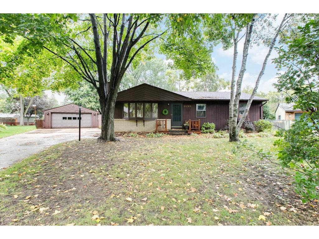 2299 Sierra Drive White Bear Lake MN 55110 5003747 image1