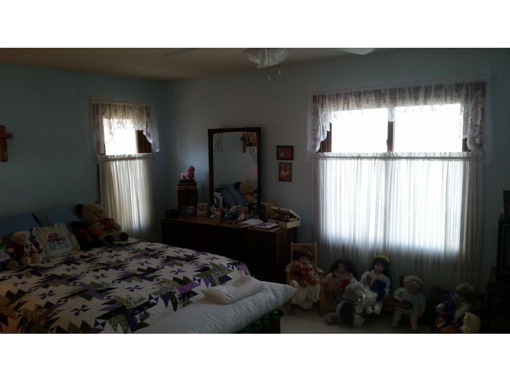 Kimball Bedroom Furniture 2315 Kimball Avenue Nw Annandale Mn 55302 Mls 4811626 Edina
